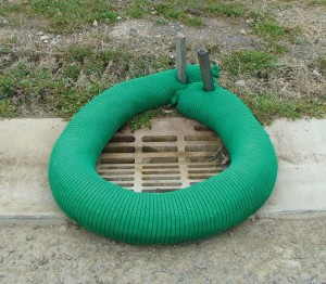 Filtrexx Siltsoxx 8inX10ft Sections Contains 36 Stakes Green, Black 18ea/8 In X 10 ft