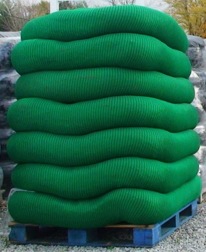 Filtrexx Siltsoxx 8inX200ft Sections Contains 21 Stakes Green Black 1ea/8 In X 200 ft