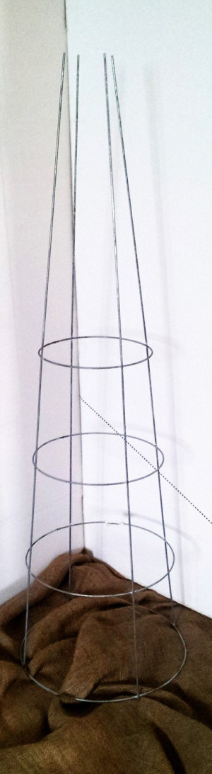 Midwest Wire Works Tomato Cage 4-Leg 4-Ring Extra Heavy-Duty 16in Top Ring 25ea/54 in