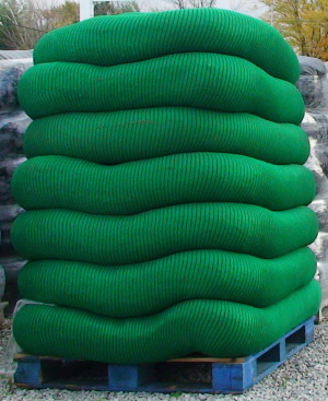 Filtrexx Siltsoxx Compost Filter Sock w/ 11 Stakes Green Black 1ea/12 In X 100 ft